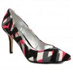 013fullscreen2 150x150 Yılın Ayakkabı Trendleri