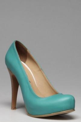 wpid-2012-topuklu-ayakkabi-modelleri1.jpg