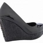 2012 flo topuklu ayakkabi modelleri 5 150x150 Yaz Modasında Rahat Bir Şıklık