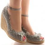 Yazlik topuklu ayakkabi modelleri 2012 150x150 Yazlık Ayakkabı Modelleri