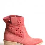 boties3 150x150 İlkbaharda Ayakkabılar Renkleniyor