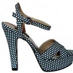 elle 2012 ilkbahar ayakkabi 7 150x150 Ayakkabıda İlkbahar Ve Yaz Modelleri