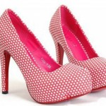 pembe topuklu ayakkabi modelleri 150x150 Yaz Sezonunda Sınırsız Renk Seçeneği