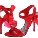 kirmizi kurdelali fiyonlu topuklu abiye bayan ayakkabi modelleri 150x150 Yüksek Topuklu Ayakkabılar